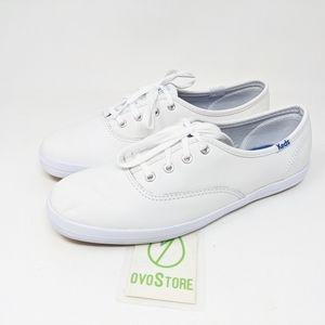 Keds Women's Champion Leather Sneaker size 6 white
